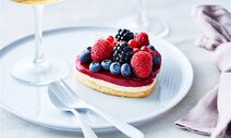 Tarte fruits rouges en forme de cœur