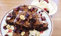 Brownies chocolat aux noisettes et cranberries
